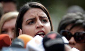 Hija del diputado Edgar Zambrano pidió a Bachelet interceder por su padre