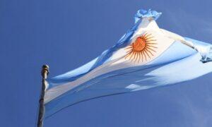Argentina tiene vacunada a 29 % de población con una dosis y casi 8 % con dos