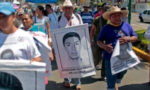 Identifican al tercero de 43 estudiantes mexicanos desaparecidos en 2014