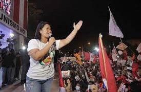 Keiko Fujimori rechaza derrota y sostiene que aún faltan actas por revisar
