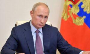 Putin a aislamiento preventivo tras casos covid en su entorno