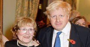 Fallece a los 79 años Charlotte Johnson, madre del primer ministro británico Boris Johnson