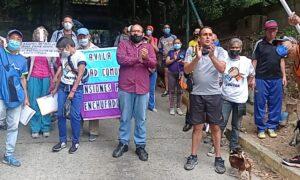 Caraqueños protestan contra la ciudad comunal y construcción de mansiones de enchufados en El Ávila