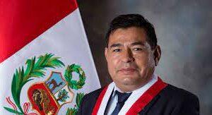 Congresista peruano muere por paro cardiorrespiratorio y obliga a suspender investidura del Gobierno